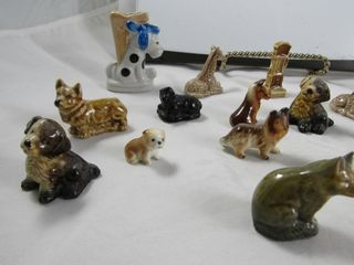 lot of Wades  including black sheep    Mini dogs