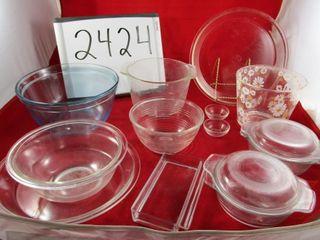 Cookware   Pyrex pie plates  Pyrex bowls
