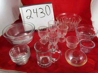 Glass lot  2 Anchor bowls  Custard cups  Bundt pan