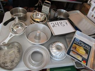 Pots pans  baking dishes  roaster
