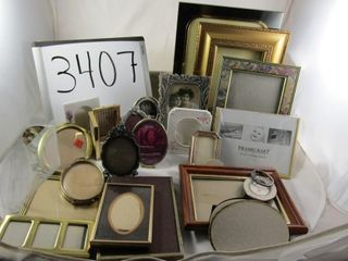 lot assortment of picture frames   one Seagull lor
