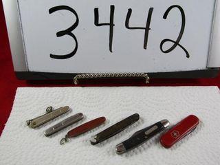 Group of mini jack knives