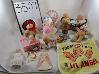 Girl toy lot  porcelain doll  twin dolls  stuffed