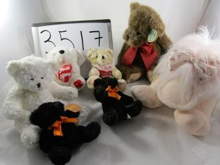 Stuffed toys  Ganz duck  bears  Bearington collect