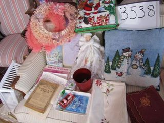 Christmas  pillows   tree topper  Wreath  linen