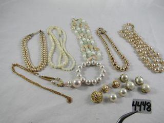 Fashion Jewellery  Pearlized Necklaces  Bracelet
