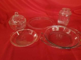 GlASS CANDY DISHES  SMAll PYREX PlATE  GlASS