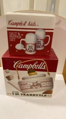 CAMPBEll KIDS SAlT AND PEPPER CERAMIC SHAKERS AND