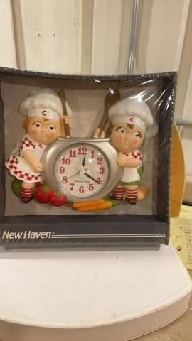CAMPBEll SOUP KIDS NEW BATTERY OPERATED ClOCK IN