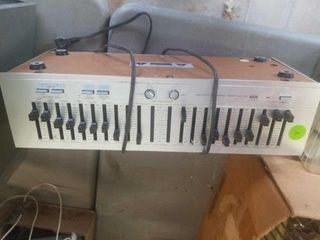 BSR EQ 110X STEREO FREQUENCY EQUAlIZER AND A