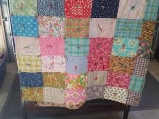 88 X72  PATCHWORK QUIlT  VARIOUS PIECES OF