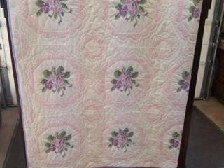 ElEGANT lOOKING 80 X98  PINK AND WHITE  WITH