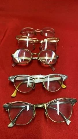 5 PAIR OF VINTAGE READING GlASSES