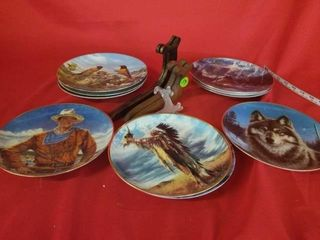 DECORATIVE PlATES AND HOlDERS