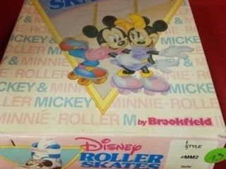 DISNEY ROllER SKATES  MINNIE MOUSE