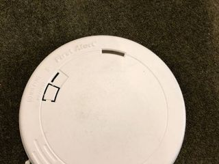 First Alert 10 Year Battery lithium Powercell Smoke Alarm
