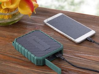 3pk Blackweb 10 400 mAh Rugged Portable Battery 4X Extra Charges  Forest