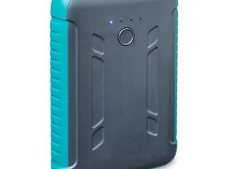 onn  Rugged Portable Battery For Smartphones  Tablets and other USB Charged Devices