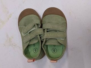 Cat and Jack size 5 green toddler shoes