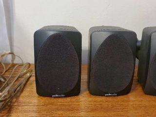 lot of 3 POlKAUDIO speakers with Wall Mounting Brackets  4 foot of Speaker Wire
