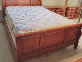 Solid QUEEN SIZE Wooden Bedframe with a Simply the Best Matress and Box Spring