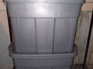 lot of 2 Grey Roughneck Storage Totes with lids