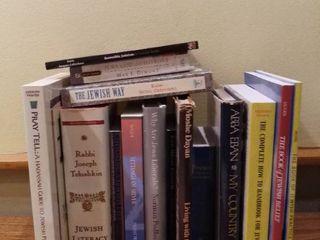 lot of 16 literature Pieces on Judaism
