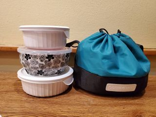 Corningware To  Go Case with 3 Ceramic Dishes and lids