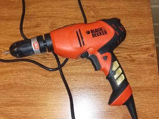 Black and Decker 120 V Drill Works