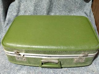 vintage nesting luggage set
