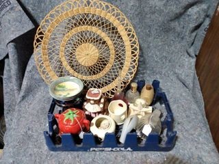 lot of Miscellaneous Decorative Items