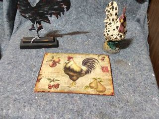 rooster decor with metal sign