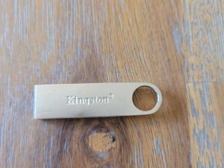Kingston 64 GB DataTraveler SE9 G2 USB 3 0 Flash Drive  DTSE9G2 64GB