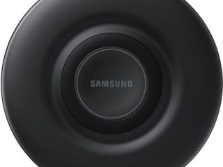 Samsung Qi Certified Fast Charge Wireless Charger Pad  2019 Edition  with Cooling Fan for Galaxy Phones  Watches and Apple Iphone Devices   US Version