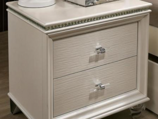 Furniture of America 2 Drawer Night Stand