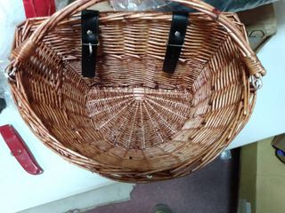 DECORATIVE BASKET FOR FlOOR OR WAll