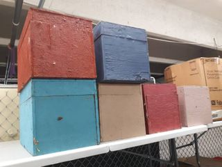 lot of 10 wooden Boxes