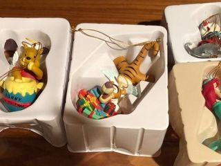 4  Disney Figurines   Winnie the Pooh