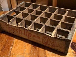 Vintage 7Up Soda Crate