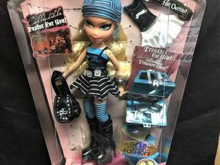 Bratz Treasures Cloe Doll