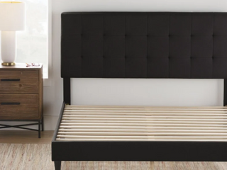Copper Grove Aryum Upholstered Square Tufted Bed Frame   Black   FUll