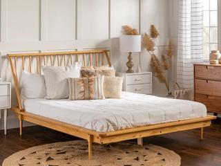 Carson Carrington Modern Blaney Solid Pine Wood Spindle Bed   light Oak