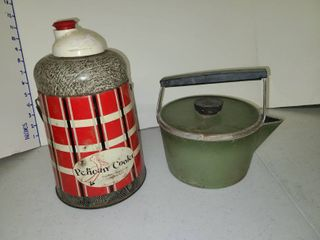 Vintage Pelican Cooler with Club Pot