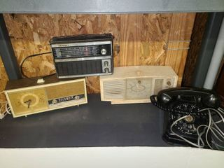 Vintage Radios and Home Phone