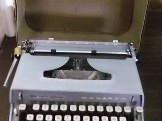 Monarch typewriter