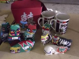 painted cats and coffee mugs