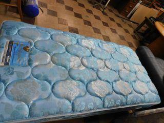 2 nice Twin mattresses
