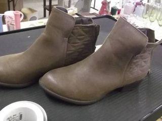 ladies 6m short boots