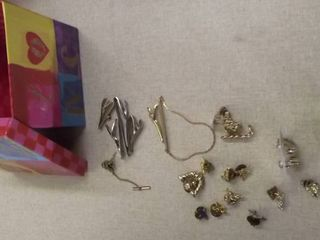 ladies jewelry items
