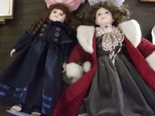 2 Victorian porcelain dolls
